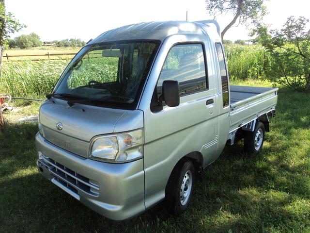 daihatsu archives star truck enterprises llc. Black Bedroom Furniture Sets. Home Design Ideas